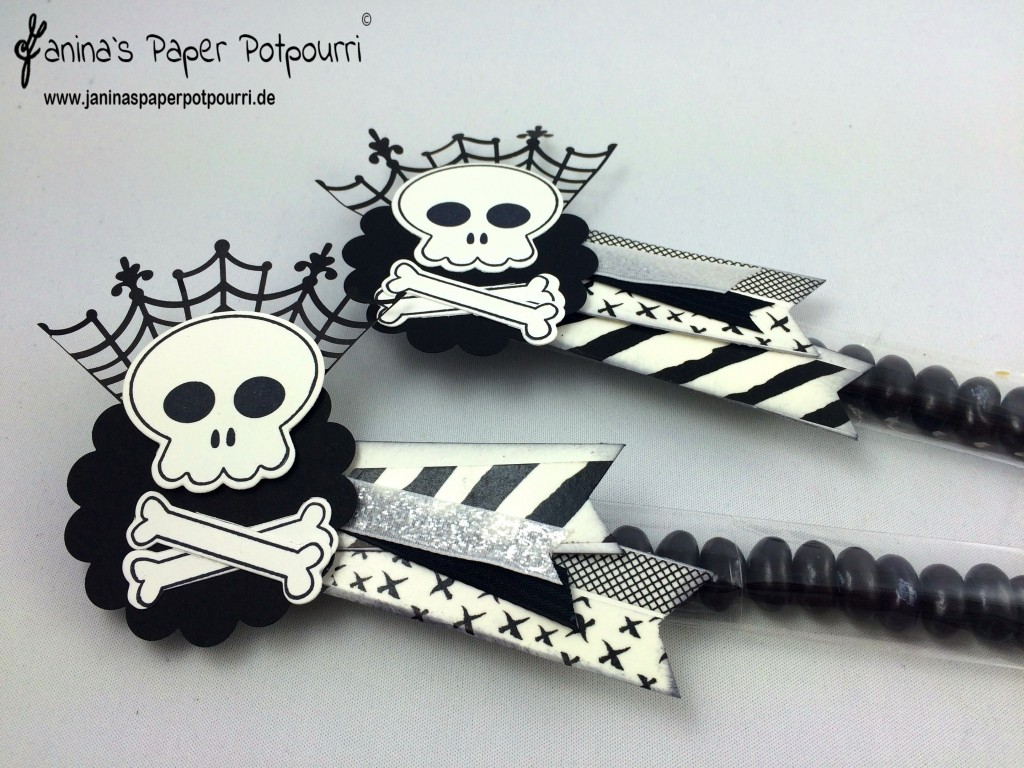 jpp - Black & White Halloween Candy Sticks 4