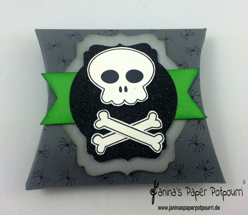 jpp - quick halloween treat box